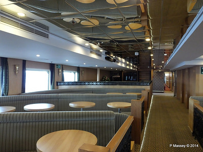mv FUNCHAL Ilha Verde Lounge PDM 28-04-2014 08-52-41