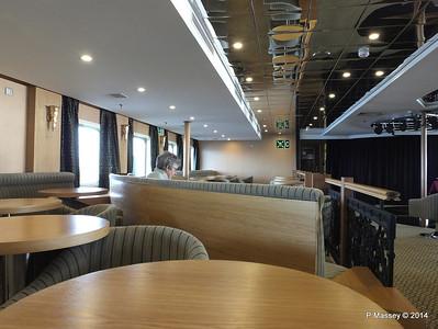 mv FUNCHAL Ilha Verde Lounge PDM 25-04-2014 09-32-28