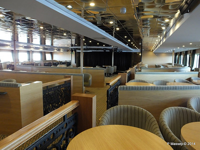 mv FUNCHAL Ilha Verde Lounge PDM 28-04-2014 08-54-18