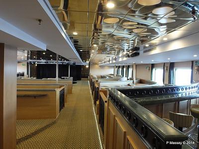 mv FUNCHAL Ilha Verde Lounge PDM 28-04-2014 08-53-58