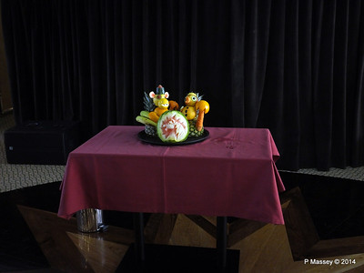 mv FUNCHAL Vegetable Fruit Carving PDM 25-04-2014 10-04-36
