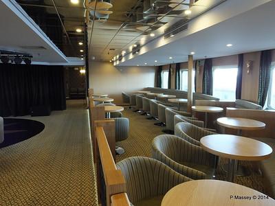 mv FUNCHAL Ilha Verde Lounge PDM 28-04-2014 08-52-46