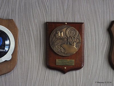 mv FUNCHAL Inaugural Call Plaques PDM 24-04-2014 16-43-02