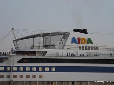 AIDABLU Arriving at Cadiz PDM 26-04-2014 06-36-37