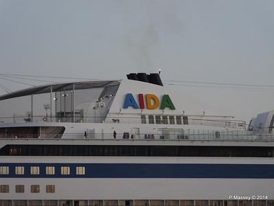 AIDABLU Arriving at Cadiz PDM 26-04-2014 06-36-31