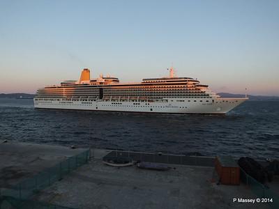 ARCADIA Arriving Gibraltar PDM 27-04-2014 06-38-49