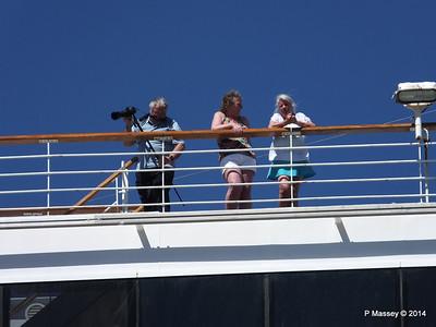 ARCADIA Passengers Gibraltar PDM 27-04-2014 11-07-44