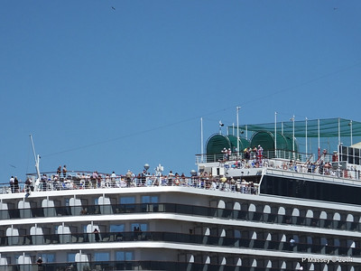 ARCADIA Passengers Gibraltar PDM 27-04-2014 11-41-50