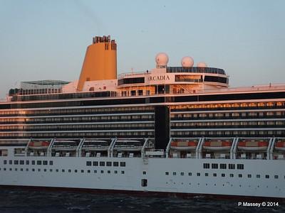 ARCADIA Arriving Gibraltar PDM 27-04-2014 06-39-01