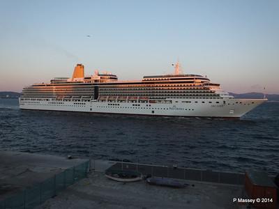 ARCADIA Arriving Gibraltar PDM 27-04-2014 06-38-42