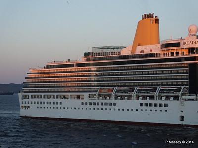 ARCADIA Arriving Gibraltar PDM 27-04-2014 06-39-04