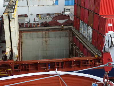 CONMAR HAWK Cargo Hold Leixoes PDM 29-04-2014 07-48-51