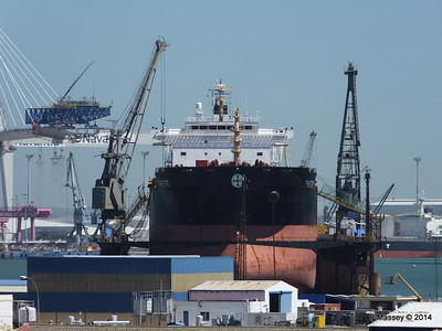THETIS in Navantia Dry Dock Cadiz PDM 26-04-2014 14-53-50