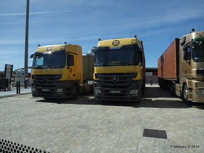 Trucks port of Cadiz PDM 26-04-2014 15-31-24