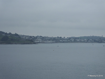St Mawes across Falmouth Harbour Entrance PDM 22-04-2014 07-45-27