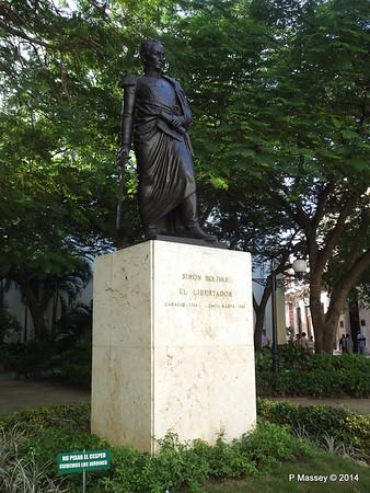 Statue Simón Bolívar Havana 03-02-2014 09-30-56