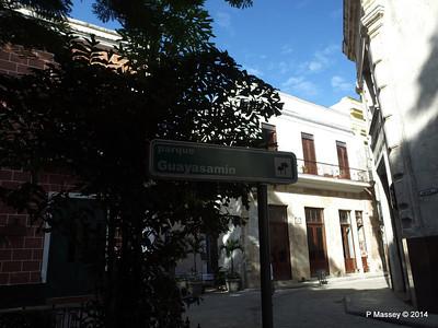 Parque Guayasamin Havana 03-02-2014 09-27-54 copy