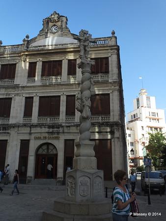 Casa de Cambio Plaza de San Francisco Havana 03-02-2014 09-24-20