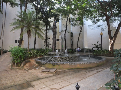 Sculpture of Ruminahui Parque Guayasamin Havana 03-02-2014 09-26-56