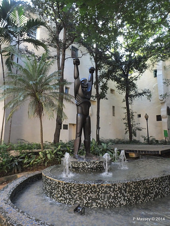 Sculpture of Ruminahui Parque Guayasamin Havana 03-02-2014 09-27-13