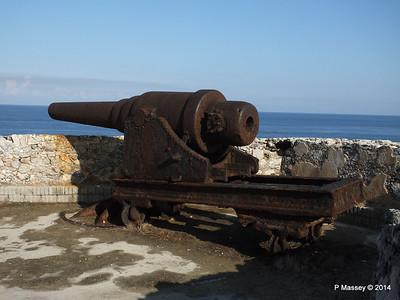 Ramparts Cannon El Morro 01-02-2014 09-24-53