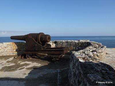 Ramparts Cannon El Morro 01-02-2014 09-24-12