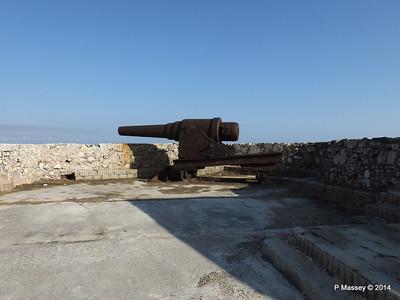 Ramparts Cannon El Morro 01-02-2014 09-23-08