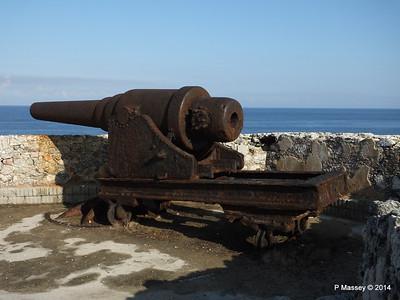 Ramparts Cannon El Morro 01-02-2014 09-24-59