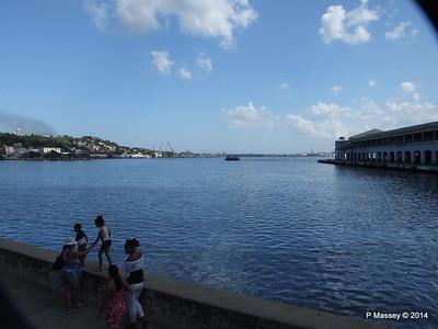 LA HABANA crossing Cruise Terminal R 01-02-2014 13-03-34
