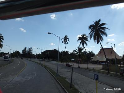 Back along 3rd Avenue Avenida 3ra Miramar 01-02-2014 14-10-39