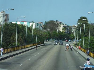 Avenida 23 back over Rio Almendares 01-02-2014 14-32-59