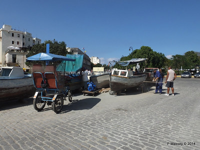 Boat Repairs on Cuba Tacon Havana 10-02-2014 11-56-43
