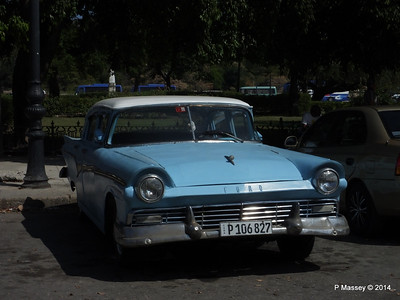 Ford on Cuba Tacon Havana 10-02-2014 12-14-58