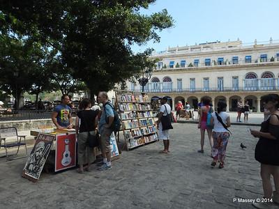 Book Market Plaza de Armas Havana 10-02-2014 11-27-21