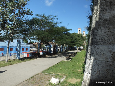 Railway Depot through the Old Town Wall Havana 02-02-2014 10-21-31