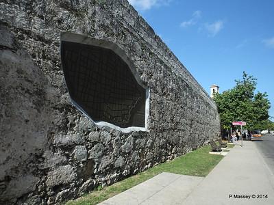 Havana's Old Town Wall near Central Railway Station 02-02-2014 10-22-08
