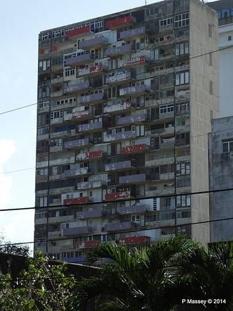 Decaying Residential Block from Calle O Avenida 23 Havana 02-02-2014 16-03-02