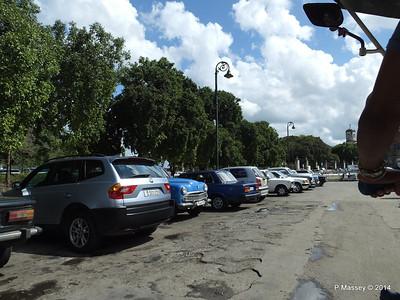 Car Park Cuba Tacon Havana 31-01-2014 18-02-00