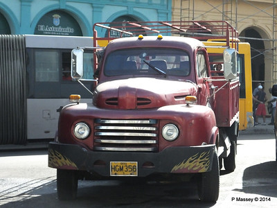 1950s Ford Pickup Truck by El Capitolio 31-01-2014 10-34-07