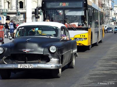 Chevrolet Paseo de Marti at Capitolio 31-01-2014 10-33-02
