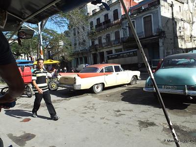 Along Avenida de Belgica Egido Havana 31-01-2014 10-28-46