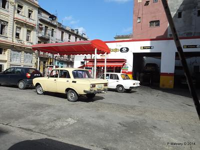 Petrol Station Zanja Lealtad Havana 31-01-2014 10-43-33