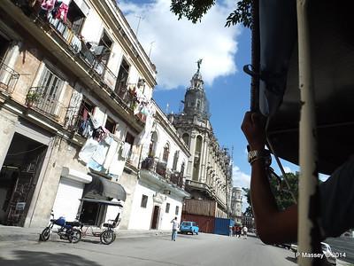 Along San Jose to Gran Teatro de la Habana 31-01-2014 12-31-025