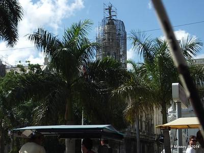 Gran Teatro de la Habana over Parque Central 31-01-2014 12-37-33