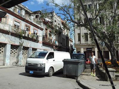 Corner Bernaza - O'Reilly Havana 31-01-2014 12-35-26