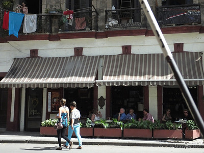 Castillo de Farnes Restaurant Avenida Belgica 31-01-2014 12-34-03