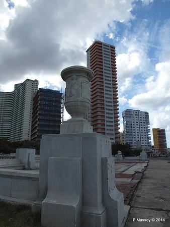 La Piragua Calle O y Malecon Havana 31-01-2014 14-07-31