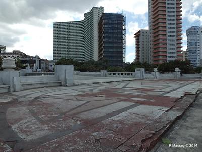 La Piragua Calle O y Malecon Havana 31-01-2014 14-07-48