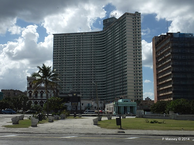 FOCSA Building 39 Floors 1956 Shops Restaurant Apartments 31-01-2014 14-06-35