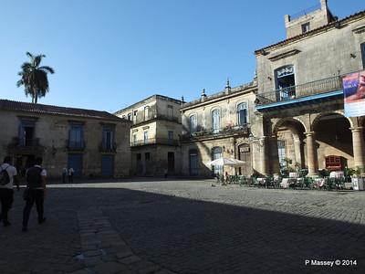 Plaza de la Catedral Havana 31-01-2014 09-19-22